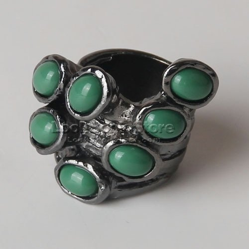Chic Women Statement Embellished Ornate Glaze Art Oval Stone Wide-cut Shank Ring, Green