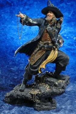 Picture of Kotobukiya Pirates of the Caribbean Barbossa ArtFX Statue Figure (B0012DTX2K) (Kotobukiya Action Figures)