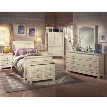 Cottage Retreat Sleigh Youth Bedroom Set by Signature Design