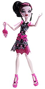 Monster High Frights, Camera, Action! Black Carpet Draculaura Doll by Monster High