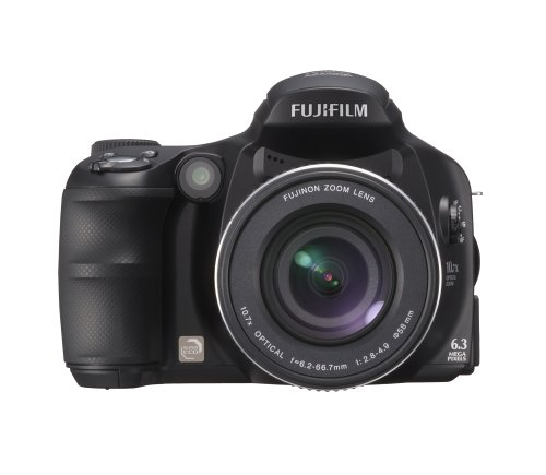 Fujifilm FinePix S6000fd is one of the Best Point and Shoot Digital Cameras for Travel and Child Photos Under $750