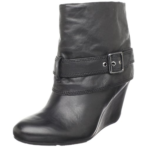 Kenneth Cole REACTION Women's Novice Ankle Boot