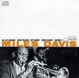 Miles Davis: Volume 1 by Davis, Miles (1990-10-25)
