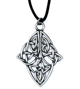 Flechtarbeit Diamond Charm - für Ruhe - Courtney Davis Keltischer Anhänger Halskette-Sammlung - nickel- und bleifreiem britischen Hartzinn (Pewter) handgefertigt mit einem schwarzen Kordelhalsband ausgestattet und wird in einem Satinbeutel präsentiert