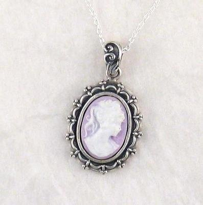 Picture Frame Lavender Cameo Necklace