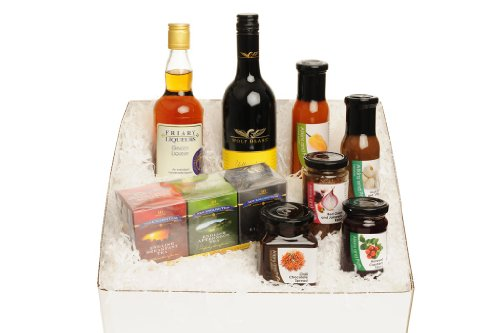 The Essential Gourmet Gift Box - Red Wine: Red Onion & Jalapeno Relish, Cranberry Sauce, Chilli Dipping Sauce, Roast Garlic & Balsamic Vinegar Dressing, Traditional English Tea Selection, Ginger & Whisky Liqueur, Milk Chocolate Dipping Sauce, Bottle of Pr