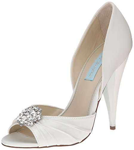 Blue by Betsey Johnson Women's SB-Gia Dress Pump, Ivory Satin, 7.5 M US