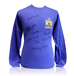 Manchester United 1968 European Cup shirt - signed by 8 of the team