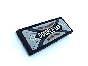 Double Tap Chewing Gomme PVC Patch Velcro Airsoft Gris