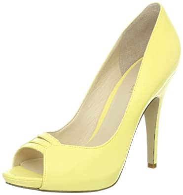 Nine West Women's Fastazyou Peep-Toe Pump,Light Yellow Leather,10 M US