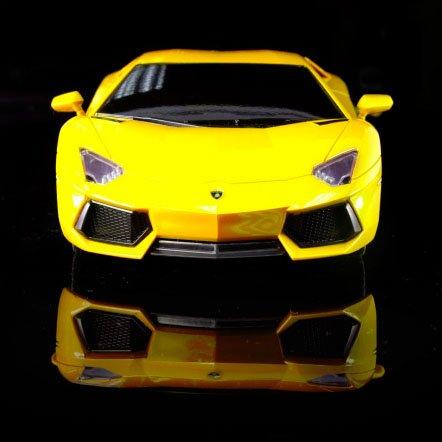 1/18 Scale Lamborghini Aventador LP 700-4 Radio Remote Control Car RC