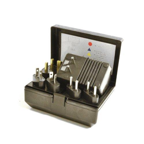 World Travel Voltage Converter Adapter Kit 50-1600 Watt front-448052