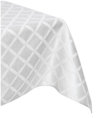 Lenox Laurel Leaf 70-By-104-Inch Oblong / Rectangle Tablecloth, Platinum front-667300