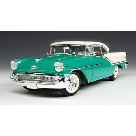 1/18 '57 Oldsmobile 88 Jade Green/White