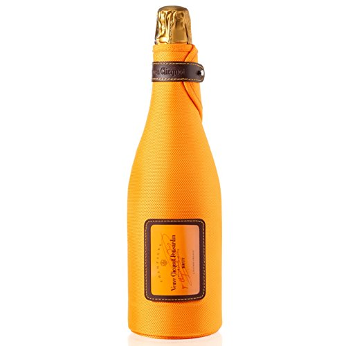 veuve-clicquot-nv-champagne-ice-jacket-75cl