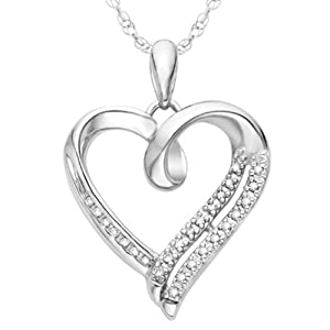 Sterling Silver White Round Diamond Heart Pendant (1/10 cttw)