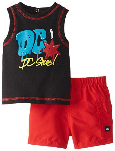 DC Shoes Co Baby-Boys Newborn Tee with Red Shorts