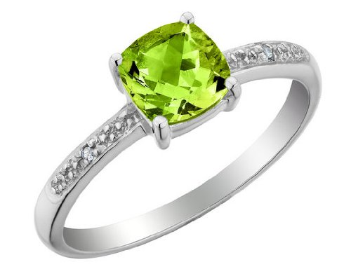 Peridot Ring with Diamonds 1.33 Carat (ctw) in 10K White Gold
