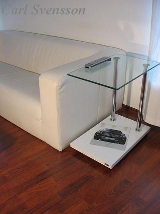 Design-Beistelltisch-Ecktisch-V-270-Wei-Klarglas-Carl-Svensson