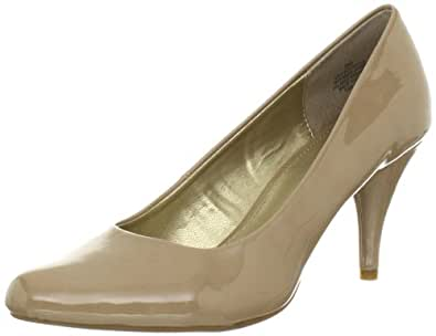 Amazon.com: Bandolino Women's Courteous Pump: Shoes