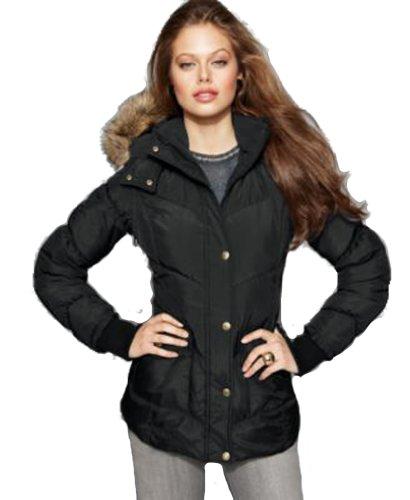 1c104bae6e8 leojoyceza blog 1  Betsey Johnson Puffer Coat