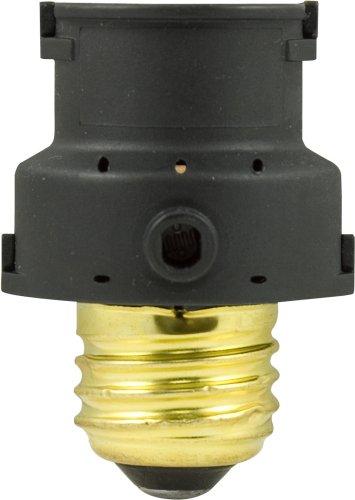 Ge Indoor Light-Sensing Socket, Photo Sensor On/Off 18256