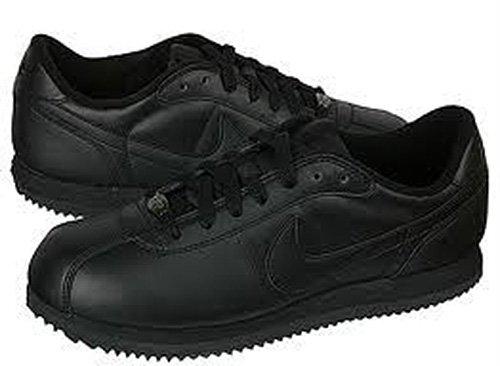 black nike cortez shoes