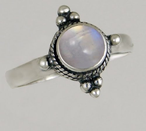A Beautiful Sterling Silver Victorian Ring Featuring a Genunie Rainbow Moonstone Gemstone