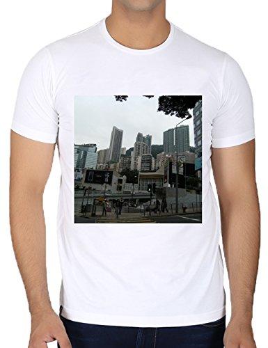 camiseta-blanca-con-cuello-redondo-para-los-hombres-tamano-s-rascacielos-en-hong-kong-4-by-cadellin