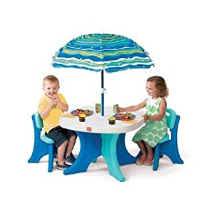 Step2 Play And Shade Patio Set by Step2