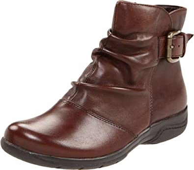 Clarks Women's Chris Sydney Boot,Brown Leather,5 M US