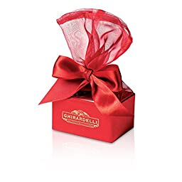 Red Organza Favor Box