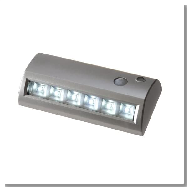 Fulcrum 20032-301 6 LED Motion Sensor Weatherproof Light