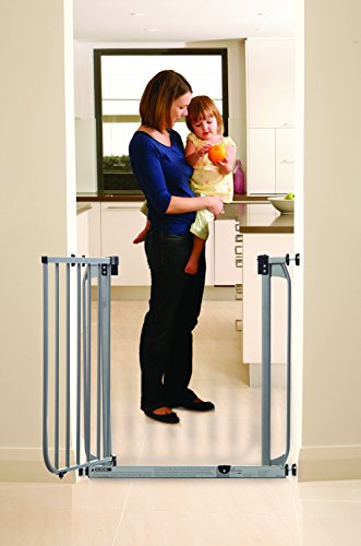 Dream Baby Swing Close Security Gate (with extensions included) - Sliver