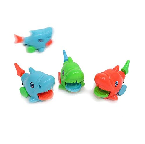 Dazzling Toys Colored Wind-up Riding Fish, Pack of 4