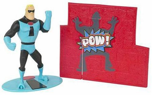 The Incredibles Deluxe Figure: Punch 'n Rescue Mr. Incredible
