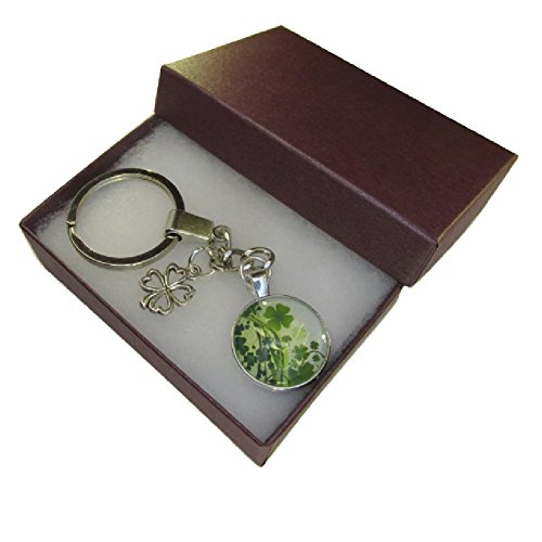 handmade-green-white-lucky-four-leaf-clover-charm-chain-keyring