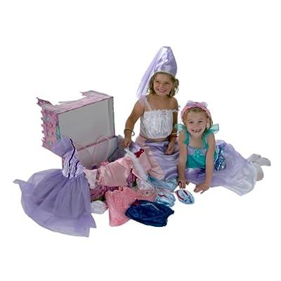 Amazon.com: Dream Dazzlers: 48 Piece Glamour Dress-Up Trunk with
