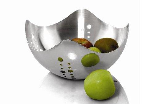 Universal Housewares Wave Fruit Bowl