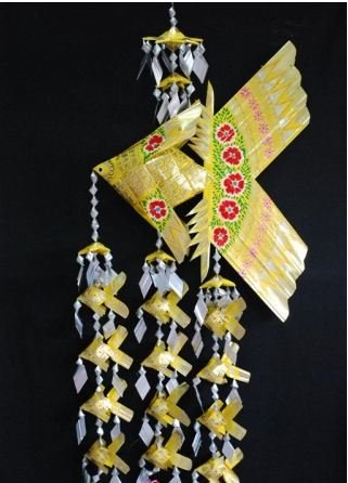 Handmade Xxl Fish Festoon Mobile With 12 Babies (Yellow), Product Of Thailand + Free Shipping Worldwide front-516632