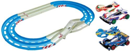 ミニ四駆限定シリーズ オーバルホームサーキット << 立体レーンチェンジ >> (ビクトリーマグナム & プロトセイバーJB SPキット付き) 94974