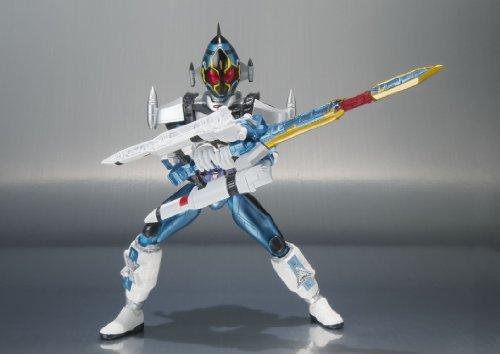 やっぱりライダーの最強フォームと言えば剣だよね。こいつが最強フォームかどうかは知らないけど。