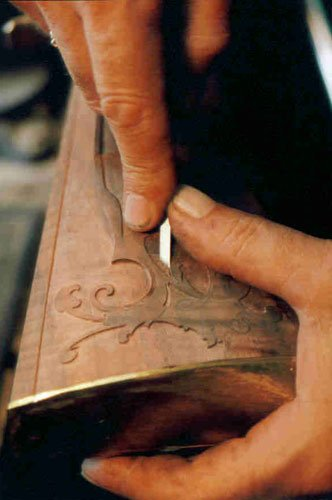 Relief Carving a Kentucky Rifle (Circa 1775)