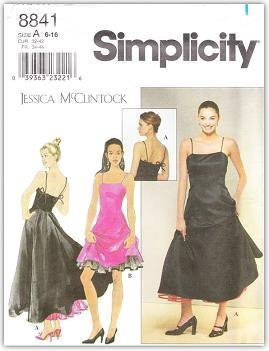 simplicity-8841-pattern-misses-miss-petite-fit-flare-dress-with-princess-seams-and-spaghetti-straps-