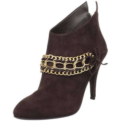B. MAKOWSKY Women's Holly Ankle Boot