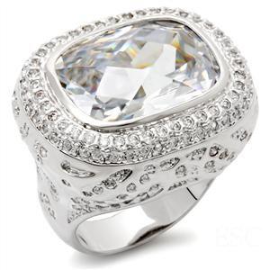 Jewelry - Clear CZ Cocktail Ring SZ 7