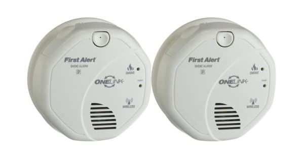 first alert sa501cn2 interconnected wireless battery operated smoke alarm 2 pack. Black Bedroom Furniture Sets. Home Design Ideas