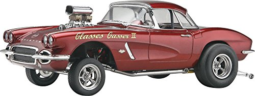 Revell D & M '62 Corvette Gasser Plastic Model Kit (1962 Corvette Model compare prices)