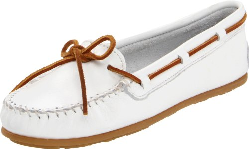 Minnetonka Women's 614 Moccasin,White,7.5 M US