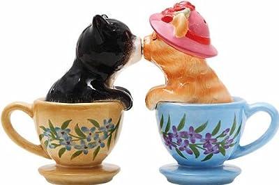Novelty Kissing Cats in Cups Salt & Pepper Cruet